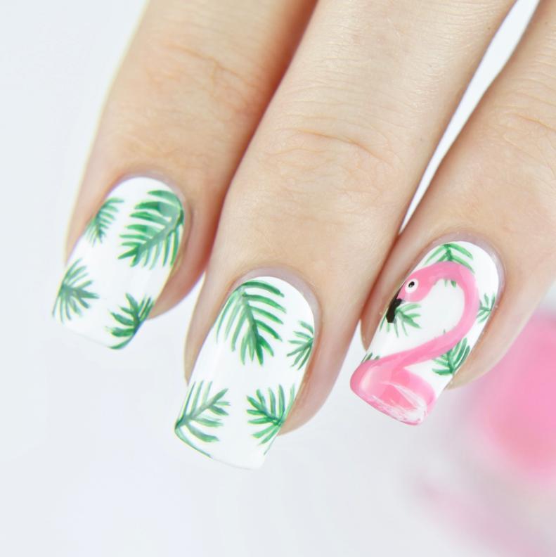 Modele unghii de vara cu flamingo