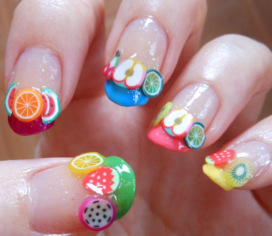 unghii 3D cu fructe