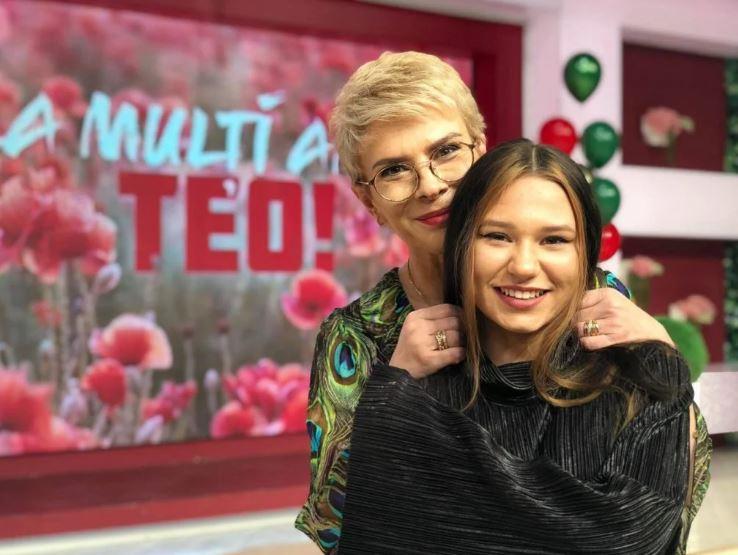 Teo Trandafir a vorbit despre relatia cu fiica ei adoptata Când am văzut-o prima dată avea 50 de centimetri